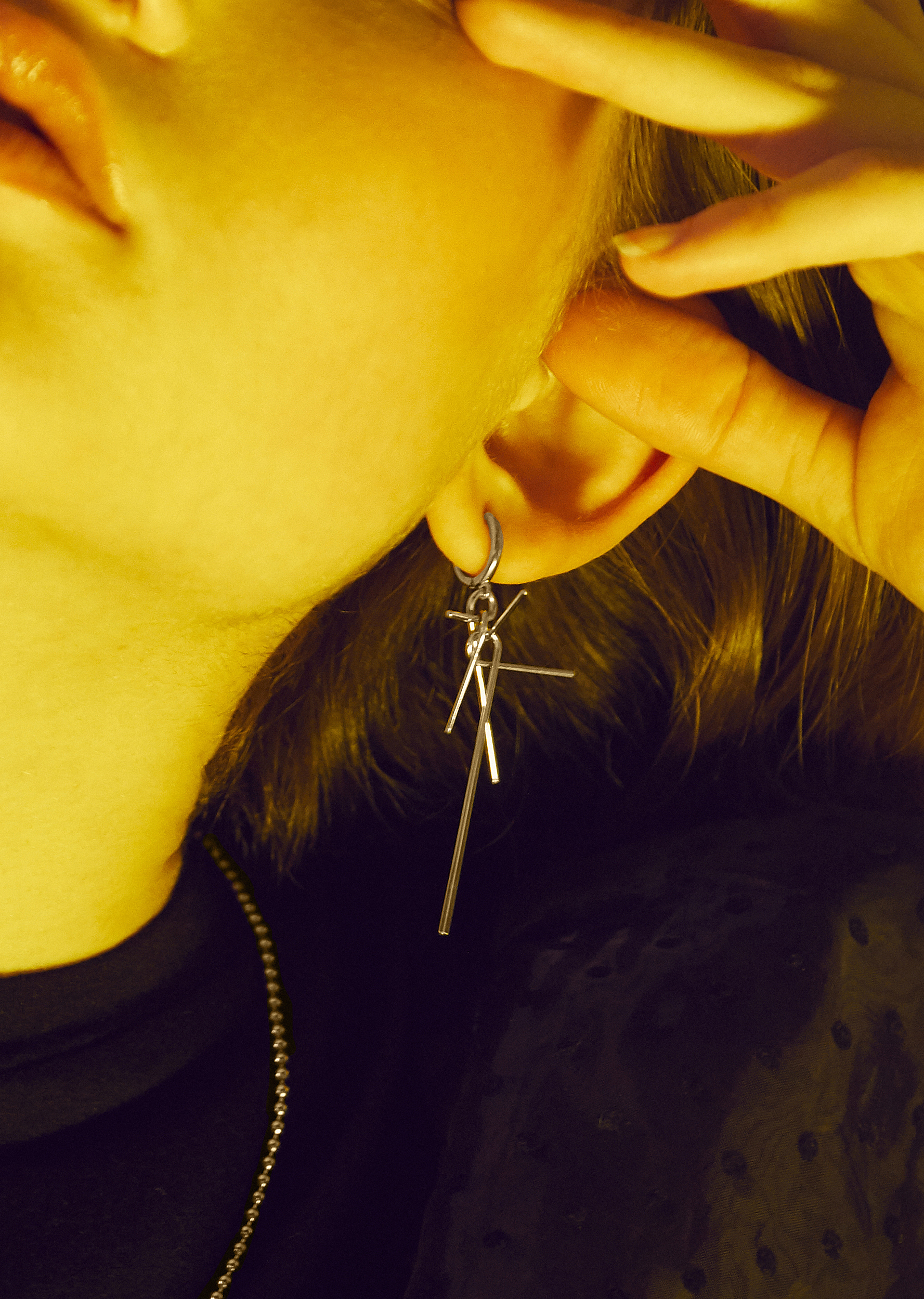 Mini Compass Earring