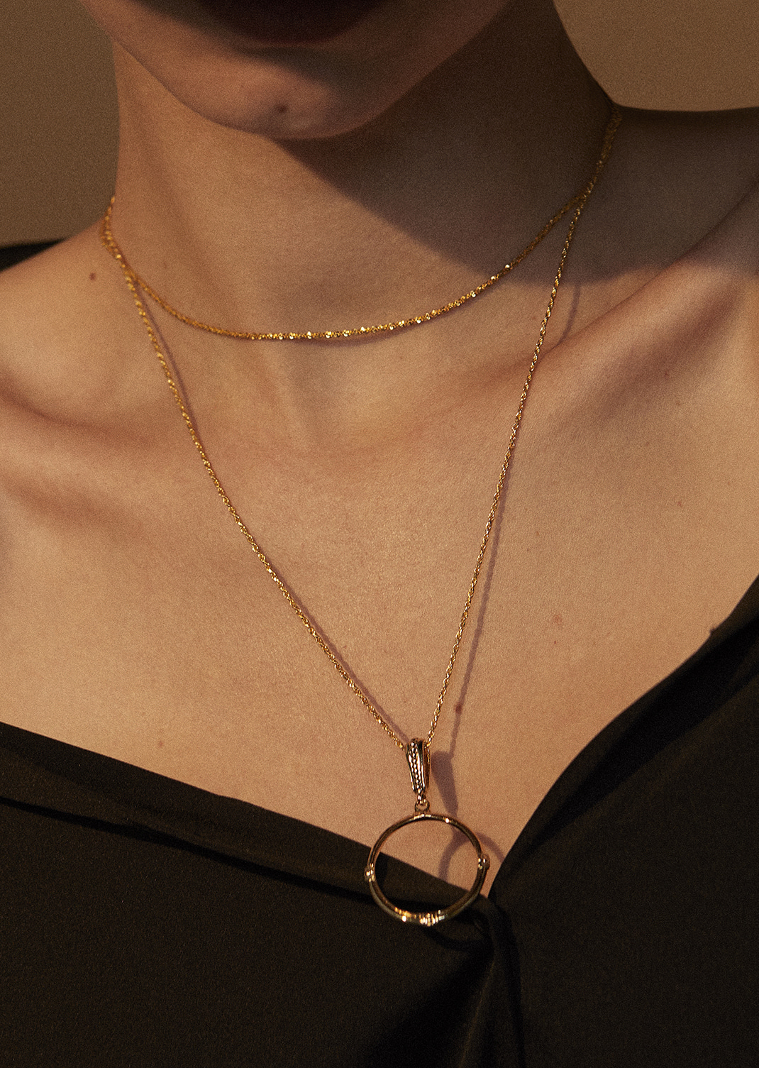 Classic Frame Necklace