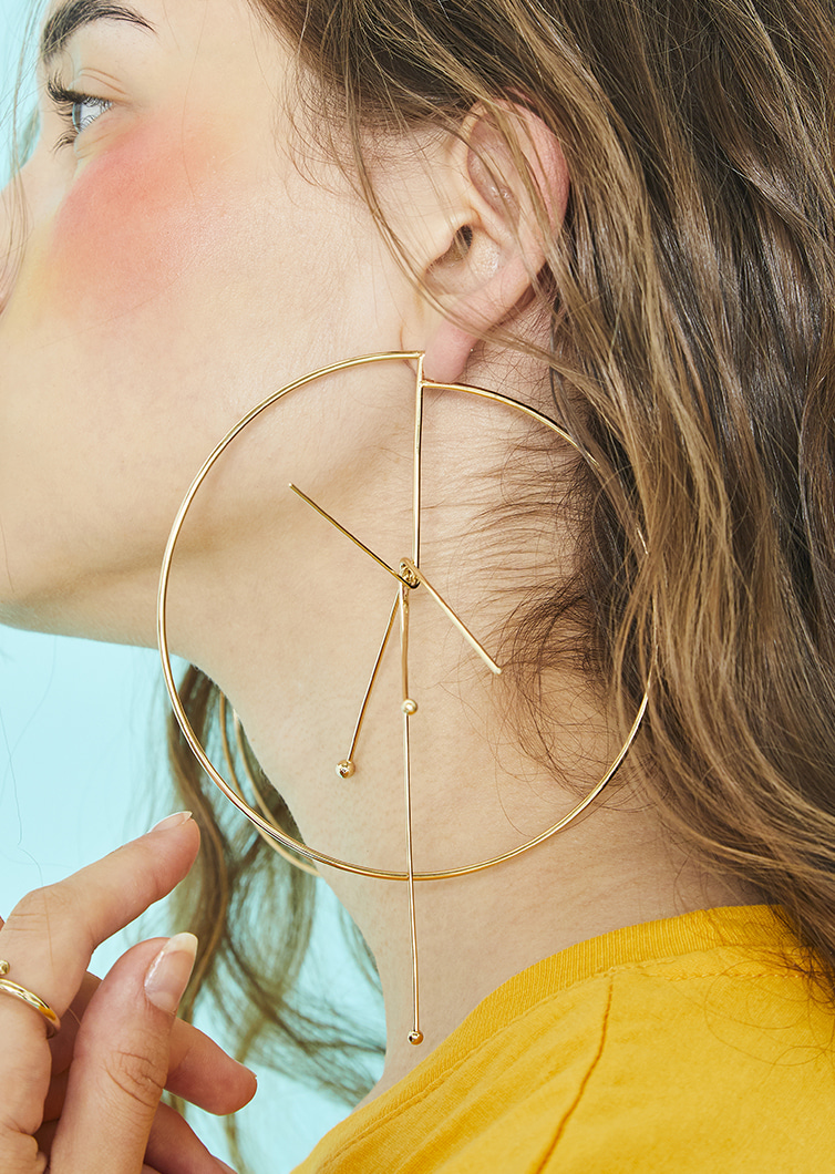 Compass Earring (Single)